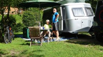 Infrastruktur am Campingplatz: Strom, Wasser und Gas.